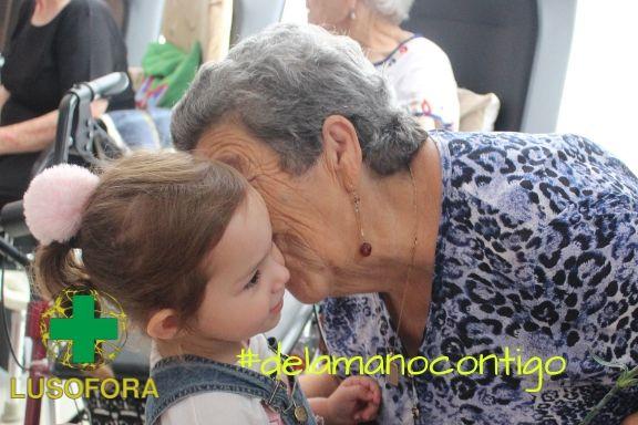 Día con la familia día del abuelo centro de día El Chaparral, Merida, Calamonte